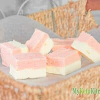 Keto Strawberry Fudge Recipe with Vanilla Cream Cheese